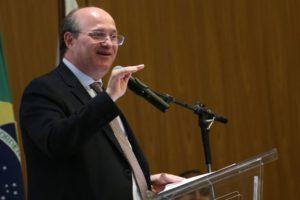 Brasília - O presidente do Banco Central, Ilan Goldfajn, participa do encerramento do 2º Fórum de Cidadania Financeira (Wilson Dias/Agência Brasil)
