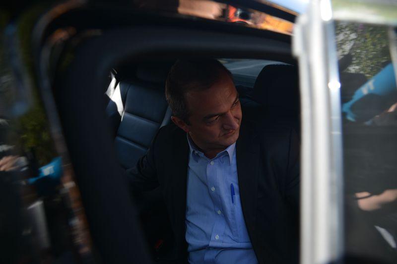 São Paulo - Saída do empresário Joesley Batista, dono da JBS, da sede Superintendência da Polícia Federal após prestar depoimento (Rovena Rosa/Agência Brasil)